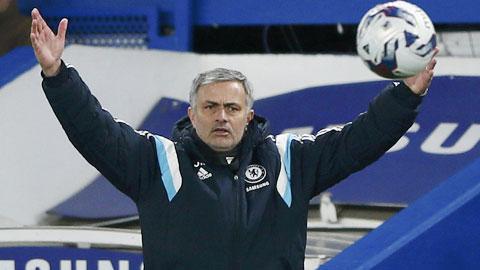 HLV Mourinho tiếp tục chứng tỏ là chiến lược gia xuất sắc