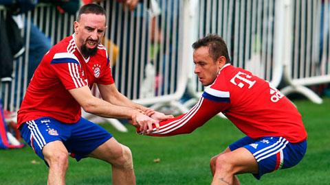Rafinha (phải) và Ribery sẽ trở lại sân cỏ ngay cuối tuần này