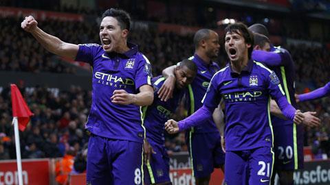Chiến thắng trước Stoke giúp Man City thêm tự tin trong cuộc đua vô địch
