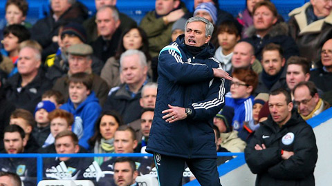 Mourinho không ngừng chỉ trích các trọng tài