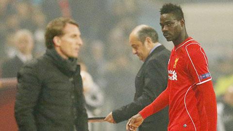 Balotelli luôn gây thất vọng kể từ khi gia nhập Liverpool vào mùa Hè 2014