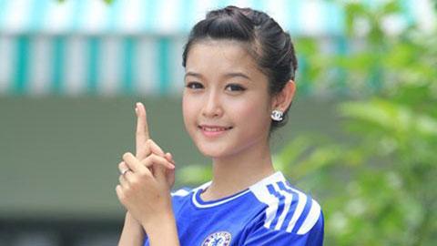 Ngoài là 1 fan hâm mộ CLB bóng đá Chelsea cuồng nhiệt, Huyền My còn rất thích môn bơi lội (ảnh trong bài) để giữ gìn vóc dáng
