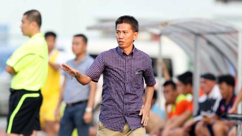 HLV Hoàng Anh Tuấn dẫn dắt U19 Việt Nam