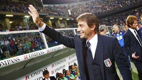 HLV Antonio Conte: Bối rối ngày trở lại