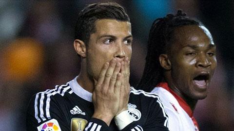 Ronaldo rất ngạc nhiên khi trọng tài cho rằng anh đã ăn vạ