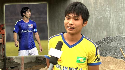 Võ Quang Huy, bạn của Công Phượng, rất mong có một tấm vé xem trận SLNA - HA.GL. Ảnh: Quốc Việt
