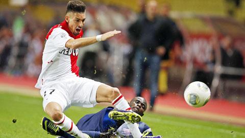 Monaco (áo trắng) khó có thể giành trọn 3 điểm trên sân của Caen