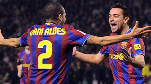 Alves và Xavi sẽ chia tay Barca cuối mùa giải này