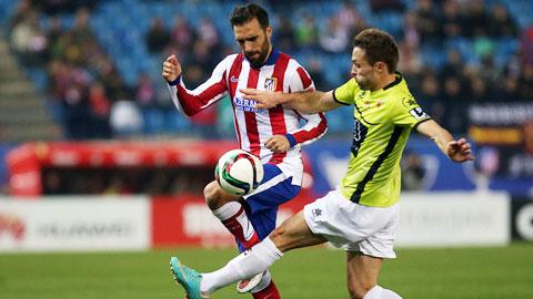 Malaga (phải) rất khó chiến thắng khi đối thủ là một Atletico đang thăng hoa