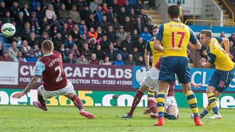 Ramsey ghi bàn giúp Arsenal đánh bại Burnley