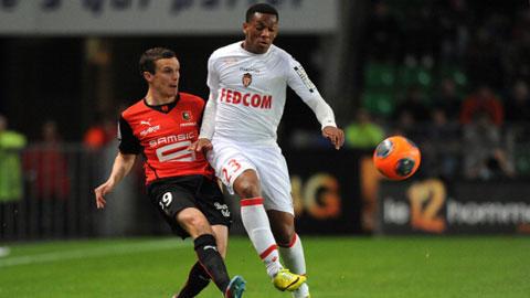 Martial (áo trắng) là cầu thủ Pháp mới nhất nằm trong tầm ngắm của Juventus