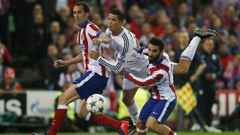 Ronaldo và các đồng đội hài lòng với trận hòa ở Bernabeu
