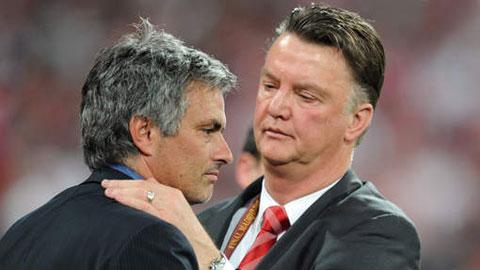 HLV Van Gaal đang khiến những fan M.U còn tiếc nuối Mourinho im bặt