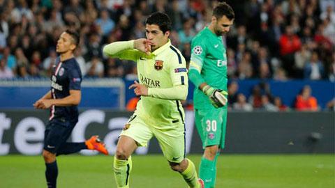 Suarez ăn mừng bàn thắng ghi được vào lưới PSG