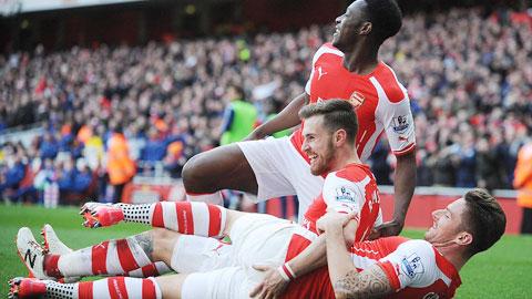 Với lực lượng vượt trội hoàn toàn, Arsenal sẽ hạ gục Reading để đặt vé vào chung kết