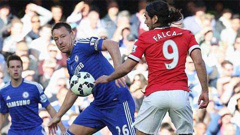 Falcao bị Terry kèm rất chặt ở trận đấu đêm qua