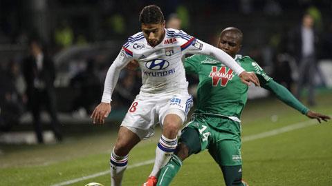 Dù bị cầm hòa, Lyon vẫn đòi lại ngôi đầu bảng từ PSG