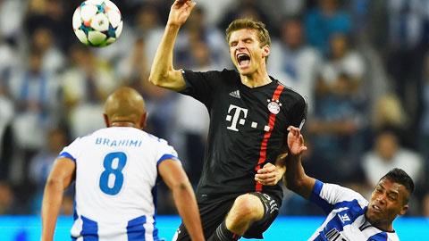 Porto (áo trắng) đủ sức tiễn Bayern khỏi tứ kết Champions League mùa này