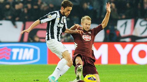 Torino (áo sẫm) sẽ làm tất cả để ngăn gã hàng xóm khó chịu Juventus giành 3 điểm ở vòng này