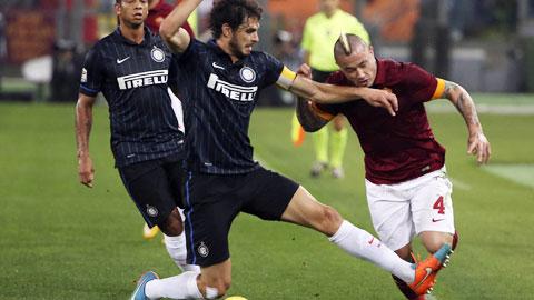 01h45 ngày 26/4, Inter vs Roma: Bất lợi... sân nhà!