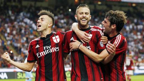 """Menez (giữa) sẽ lại """"nổ súng"""" như ở lượt đi để giúp Milan có 3 điểm ra về"""