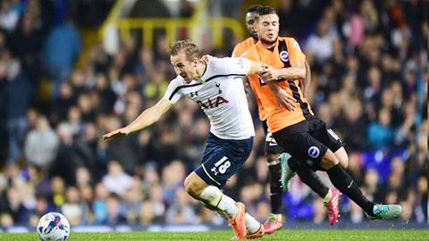 Kane (trái) và đồng đội khó giành trọn 3 điểm trên sân của Southampton