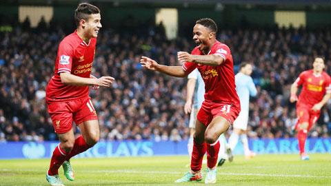 Một Coutinho (trái) với kỹ năng dứt điểm phong phú sẽ ghi bàn cho Liverpool?