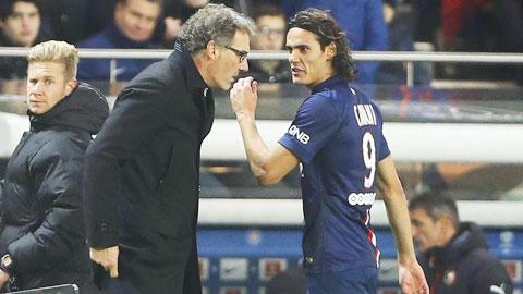 Nếu HLV Blanc không cho Cavani đá tiền đạo cắm, anh sẽ rời PSG Hè này