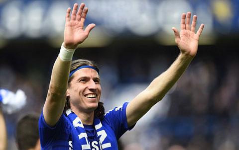 Luis cần kiên nhẫn trong cuộc chiến giành vị trí ở Chelsea