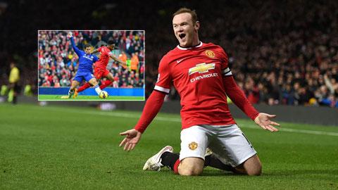 Việc Liverpool phải chạm trán Chelsea (ảnh nhỏ) là cơ hội để M.U chính thức giành vé dự Champions League