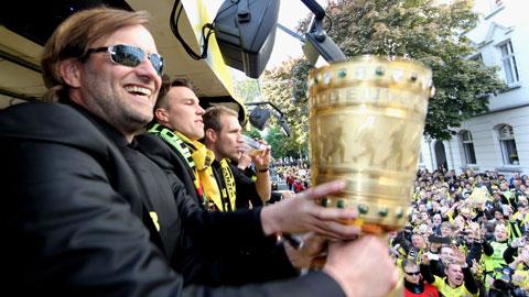 CĐV Dortmund làm lễ chia tay dành cho Jürgen Klopp