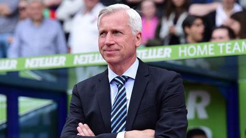 HLV Alan Pardew giúp Crystal Palace thoát hiểm ấn tượng