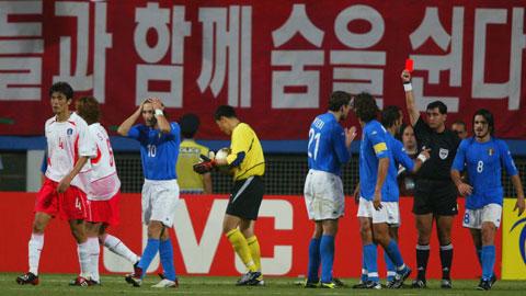 FIFA bị tố giật dây để Hàn Quốc tiến sâu tại World Cup 2002
