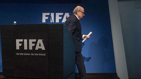 Sepp Blatter từ chức chủ tịch FIFA