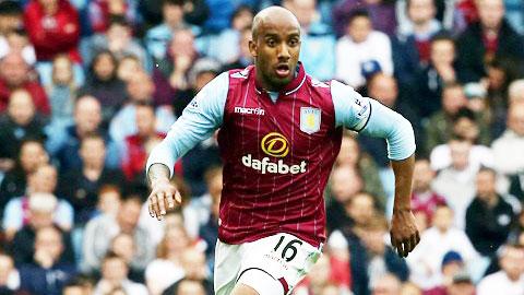 Delph đang là trụ cột của Aston Villa