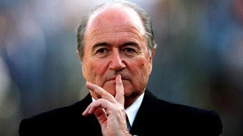 Chủ tịch FIFA Sepp Blatter phát biểu đầy thách thức trước báo giới