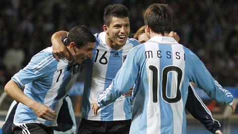 ĐT Argentina: Món nợ của Messi và Aguero