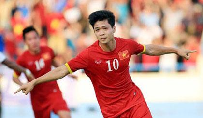 Công Phượng, Tiến Dũng tập nhờ đội U19 Việt Nam trước khi đến Quảng Ninh
