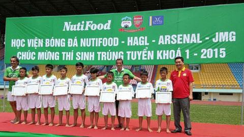 10 thí sinh trúng tuyển vào khóa I, Học viện NutiFood Arsenal - JMG