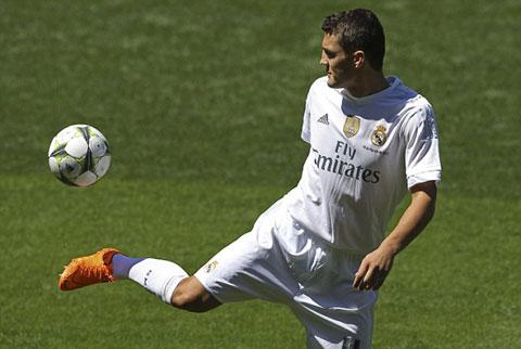 Kovacic ra mắt tại Real Madrid, khoác áo số 16