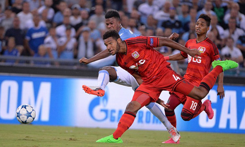 Keita đã tỏa sáng với bàn thắng quý giá vào lưới Leverkusen