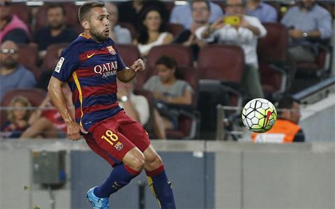 Alba kịp trở lại giúp cho HLV Enrique thêm lựa chọn