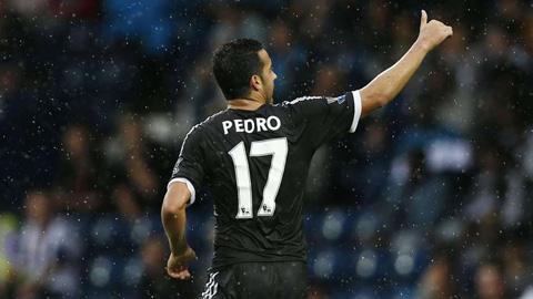Pedro ra mắt hoàn hảo trong màu áo Chelsea