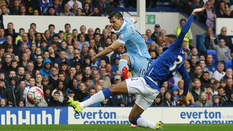 Aguero không có duyên ghi bàn ở trận đấu này