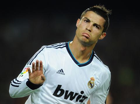 Ronaldo đang không vui?