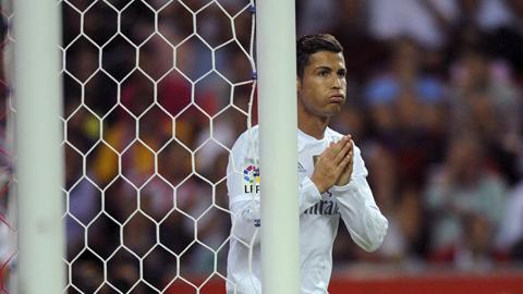 Ronaldo muốn tiếp tục chơi ở cánh trái thay vì trung phong cắm