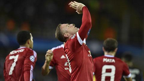 Rooney tỏa sáng rực rỡ với một cú hat-trick