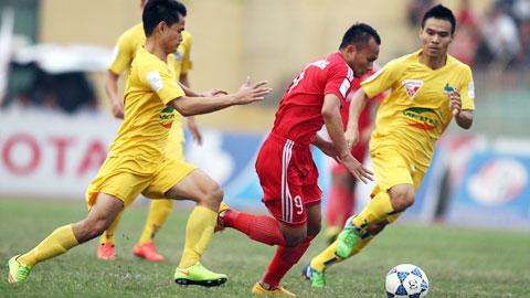 B.BD (áo đỏ) nắm giữ nhiều lợi thế cả về lực lượng lẫn tinh thần trước trận quyết đấu với FLC Thanh Hóa