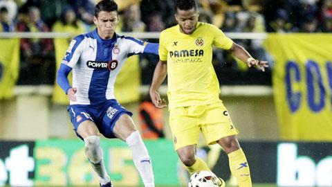 Villarreal (phải) sẽ gặp khó khăn vì thiếu nhiều trụ cột