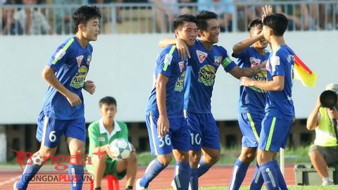 Niềm vui của cầu thủ HA.GL khi ghi bàn thắng vào lưới Đồng Nai - Ảnh: Anh Tài